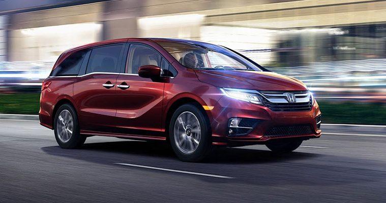 Honda Odyssey Vs Toyota Sienna >> 2019 Honda Odyssey Vs 2019 Toyota Sienna Comparison Nile Auto